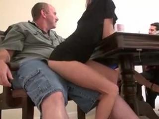 Секс порно видео за обедом фото 175-428