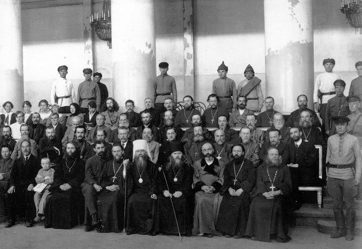 Подсудимые Петроградского процесса по делу об изъятии церковных ценностей.