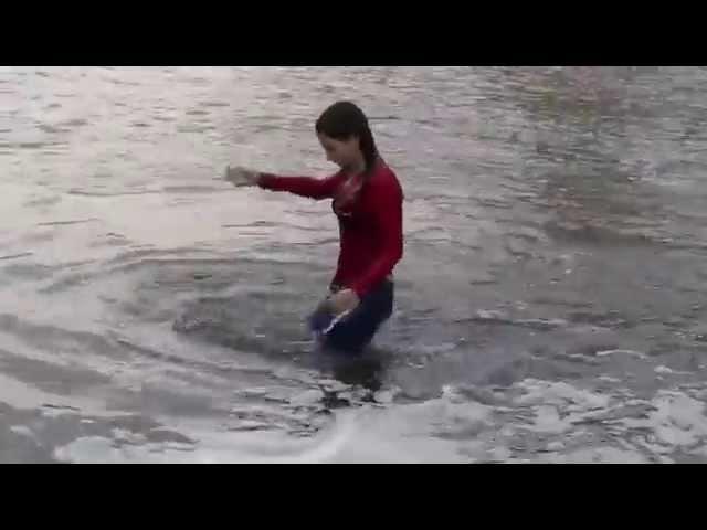 Wetlook Gossin - Girl in river 2