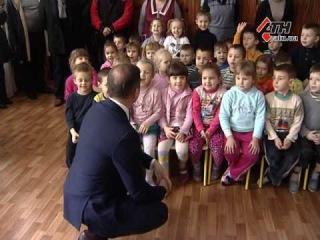 Подарки военным и детям. Олег Ляшко посетил военный госпиталь и детский сад - 26.12.2016
