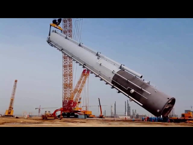 World's biggest Crawler Crane 4,000 tons XGC88000