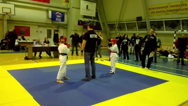 Рукопашный бой. Даниил Ющенко - красный пояс (1 место/2 бой)
