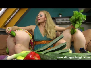 Dirtygardengirl - vegetable sex game [1080p] vk.com/capfull