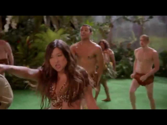 Roar - Glee Cast ( Full Performance Original )