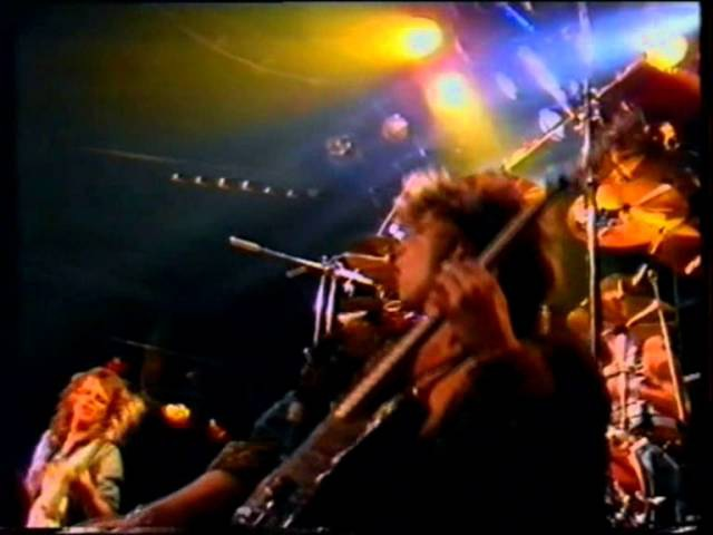 Darxon - Danger Love (live)