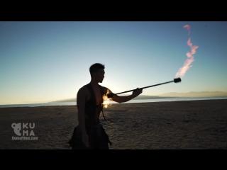 ВЛАДЫКА ОГНЯ: этот парень фантастически управляется с огнем