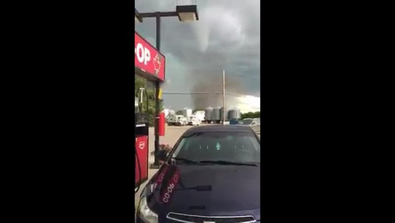 529 Канада Ураган Смерч Реджайнская область Саскачеванский район 19 июня 2016