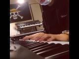 EXO CHANYEOL PLAYING PIANO