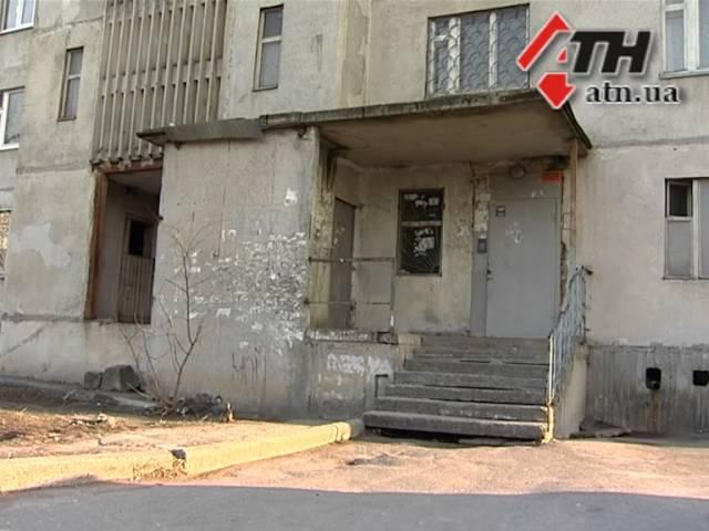 11.03.15 - После смерти 8-летнего ребенка, в Харькове проверят работу всех лифтов