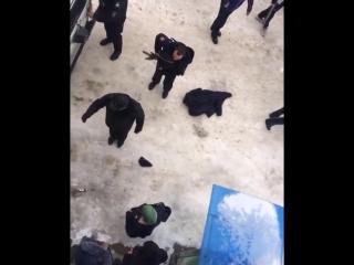 Избиение полицейских в Дагестане (#NR)