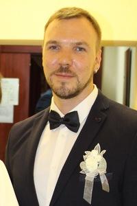 Анатолий Кузьмицкий