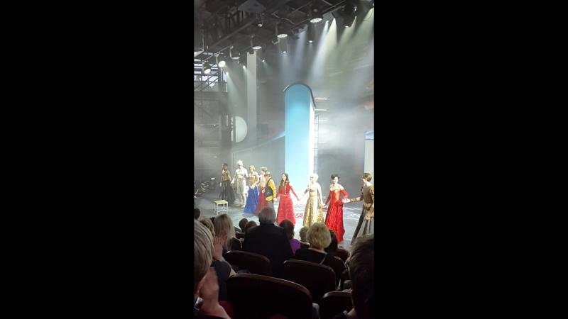 Театр Романа Виктюка. Премьера Крылья из пепла