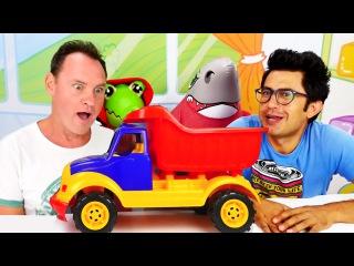 Nail Baba ve Tommy - oyun oynarken İngilizce öğreniyoruz! Eğitici çocuk video!