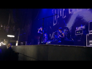 ONE OK ROCK - One More Light (Linkin Park cover) 30/08/2017
