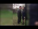 Сектант избивает полицейского во имя Иисуса.