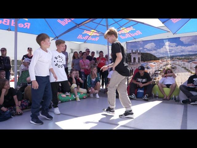 Outbreak Europe 2017 | 2vs2 Kids Semifinal | Grom Shastyrock vs Danil Air Flexie
