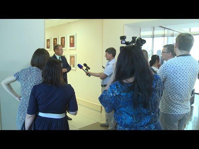 Александра Студеникина назначили и.о. главы администрации Бийска (16.06.17г., Бийско...