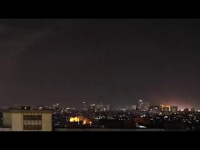 Mysterious UFO orbs Caught On Camera Over Kolkata,India , Alien Sighting - Alien Species
