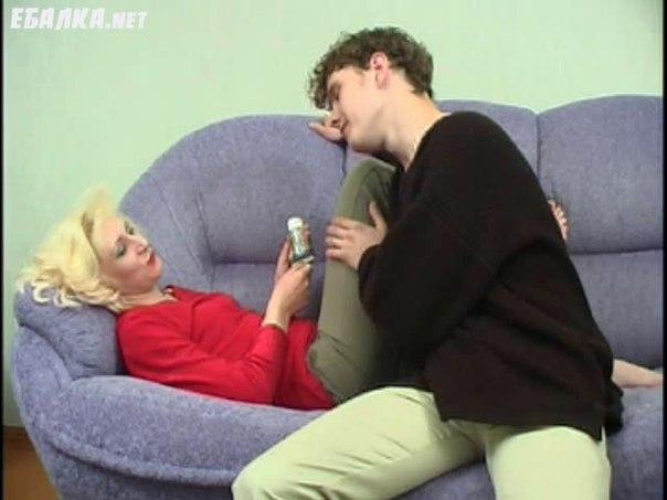 Секс опытных женщин с молодыми парнями 37