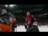 Вратарь НХЛ забил невероятный гол