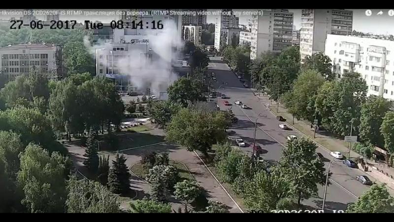 Киев. В заминированном Мерседесе взорван командующий спецназом ГРУ Минобороны Украины.