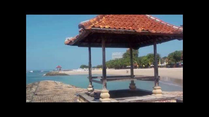 Sunur Beach Bali пляж без волн на острове Ява, Индонезия