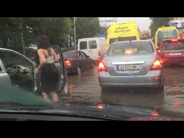 Dance vs traffic jam