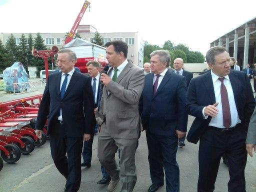 Сегодня с рабочим визитом в регионе - полпред президента России в ЦФО Александр Беглов — Изображение 2