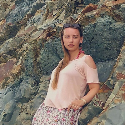 Лиза Самбурина