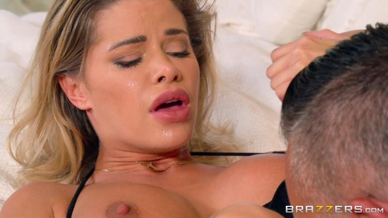 Jessa Rhodes (In The Lap Of Luxury)[2017, Big Tits Worship, Blonde, Burglar, Domination, Anal Sex, HD 1080p]