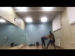 Improvisation with Edelmiro #hot #bachata #sensual #слабонервнымнесмотреть #этобачатадетка #stilllearning #ilovebachata )))