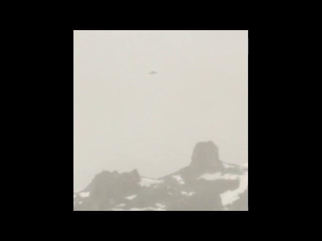 Strange UFO Filmed in Antarctica , UFO Hovering over The Hills , Alien Sightings - Alien Species