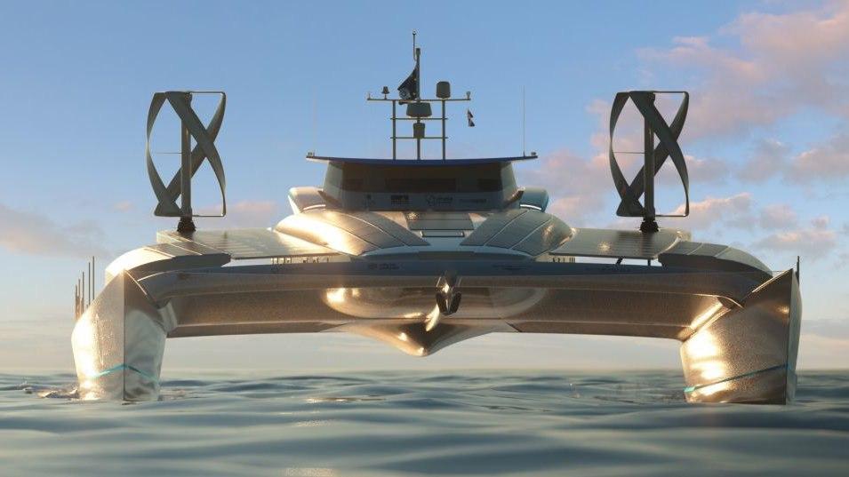 Первое судно на возобновляемых источниках энергии отправилось в кругосветку