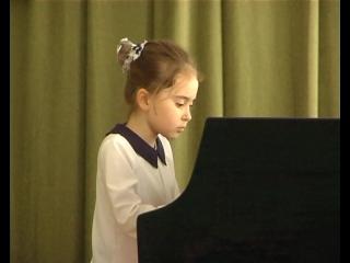 В концертном зале детской музыкальной школы города Комсомольское состоялся концерт ученицы Виктории Дробот