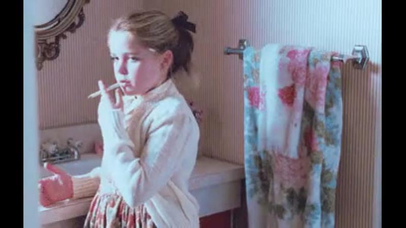 мы задыхаемся от дыма сигарет