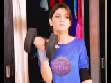 Kumkum Bhagya: Pragya lifts weight to scare Abhi
