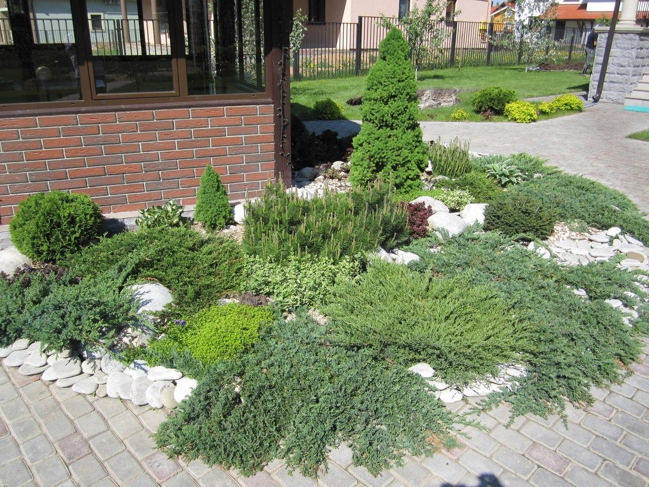 Ландшафтный дизайн загородного дома в  Подмосковье