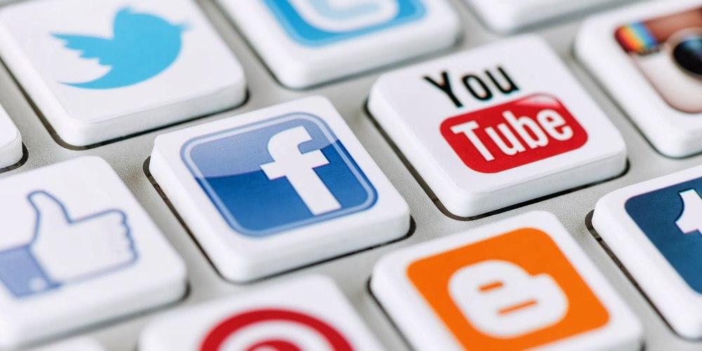 соцсети банки Facebook курьерская служба экспресс-служба QDel
