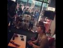 Дженсен и Джаред играют в Нинтендо гостиная TV Guide