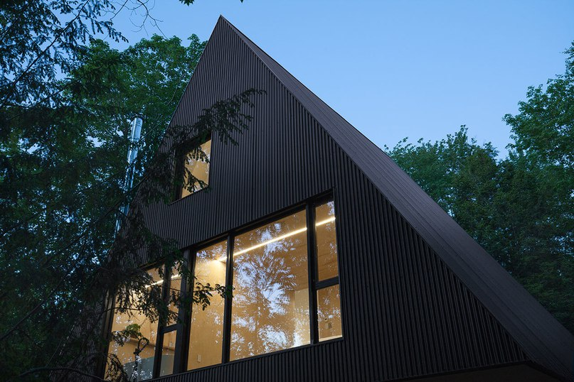 Treehouse Living: Fahouse by Jean Verville