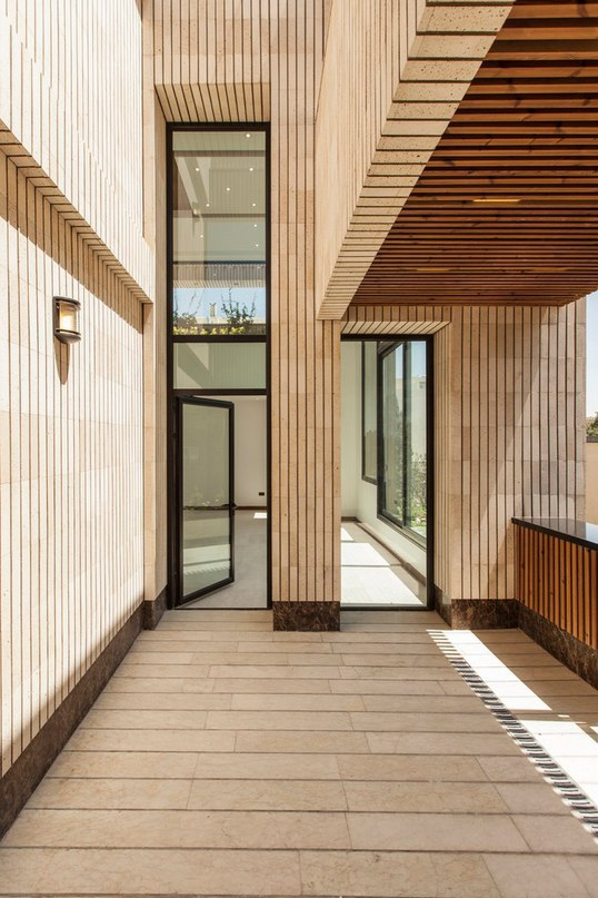 Mehrabad House / Sarsayeh Architectural Office