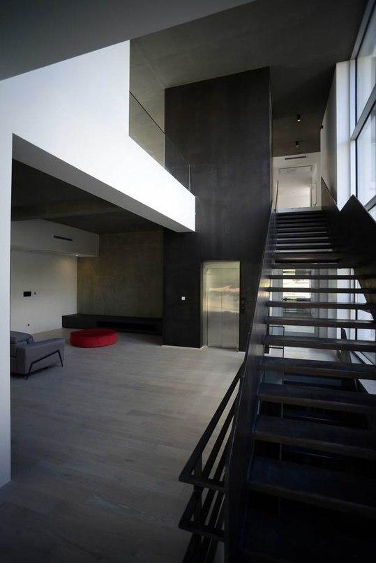 UP Villa / Arsh  Studio