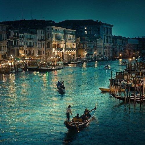 Ночная Венеция. Архитектура