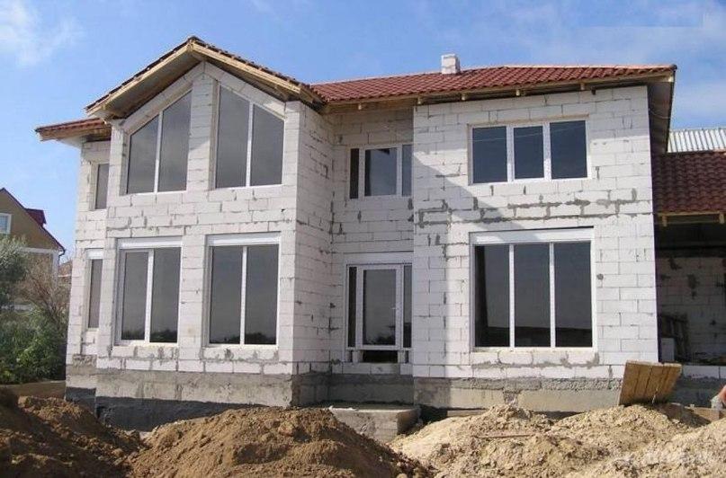 Из чего лучше построить дом для постоянного