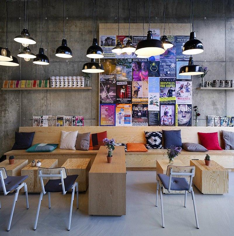Интерьер #кофейни #Coffeecompany в #Амстердаме  #Голландская сеть #кофеен
