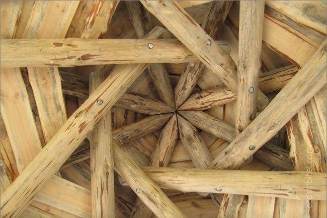 Самоопирающаяся конструкция купола кровли
