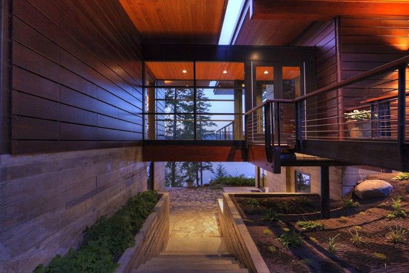 Загородный дом для отдыха на берегу озера  Архитекторы