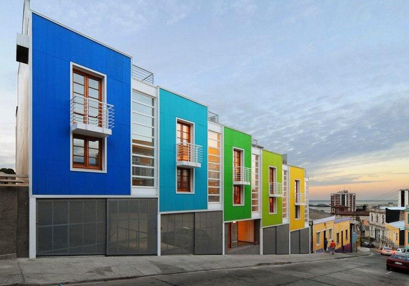 Lofts Yungay II — красочный квартирный комплекс