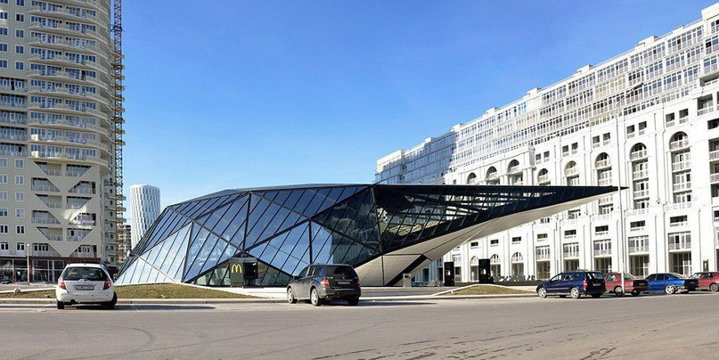 Заправочная #станция и McDonalds в Грузии  #Архитектор Георгий
