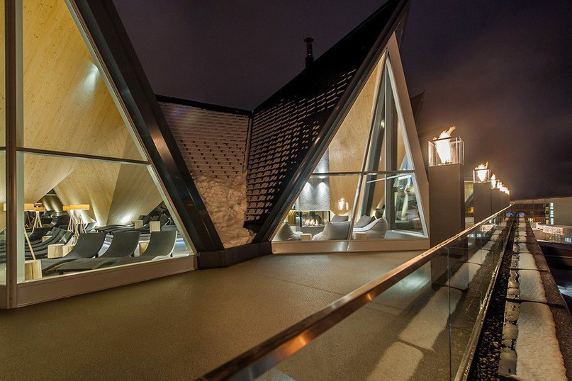 Термальный курорт Aqua Dome в горах Австрии  Aqua